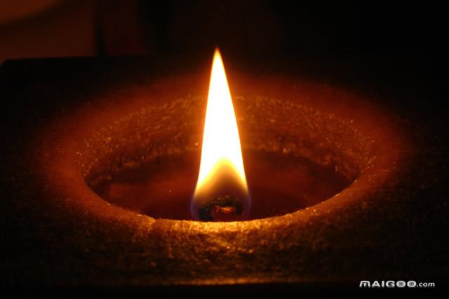 燃灯古佛圣诞 农历八月廿二(10月11日星期三)——佛教界重大节日